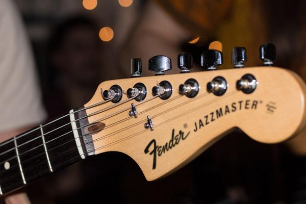 Gitarre in der Aufnahme
