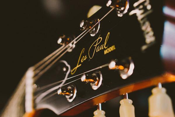 Gibson im Musikstudio